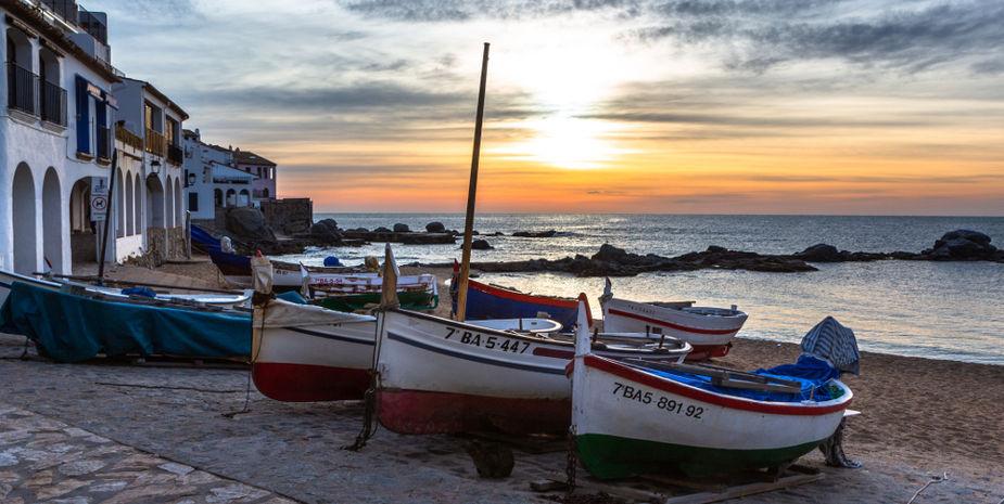 Calella de Palafrugell when sunrise